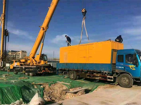常州万科工程建设租赁一台大型静音发电